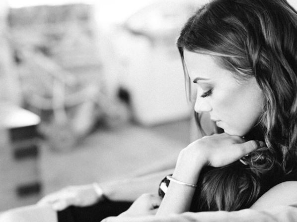 Jana Kramer Shares Stories of Four Miscarriages in Episode 2 of Her Vlog