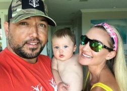 Jason Aldean and Wife Brittany Expecting Baby No.2