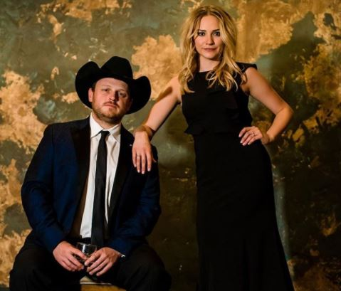 Josh Abbott Says 'I Do' During Texas Wedding Ceremony