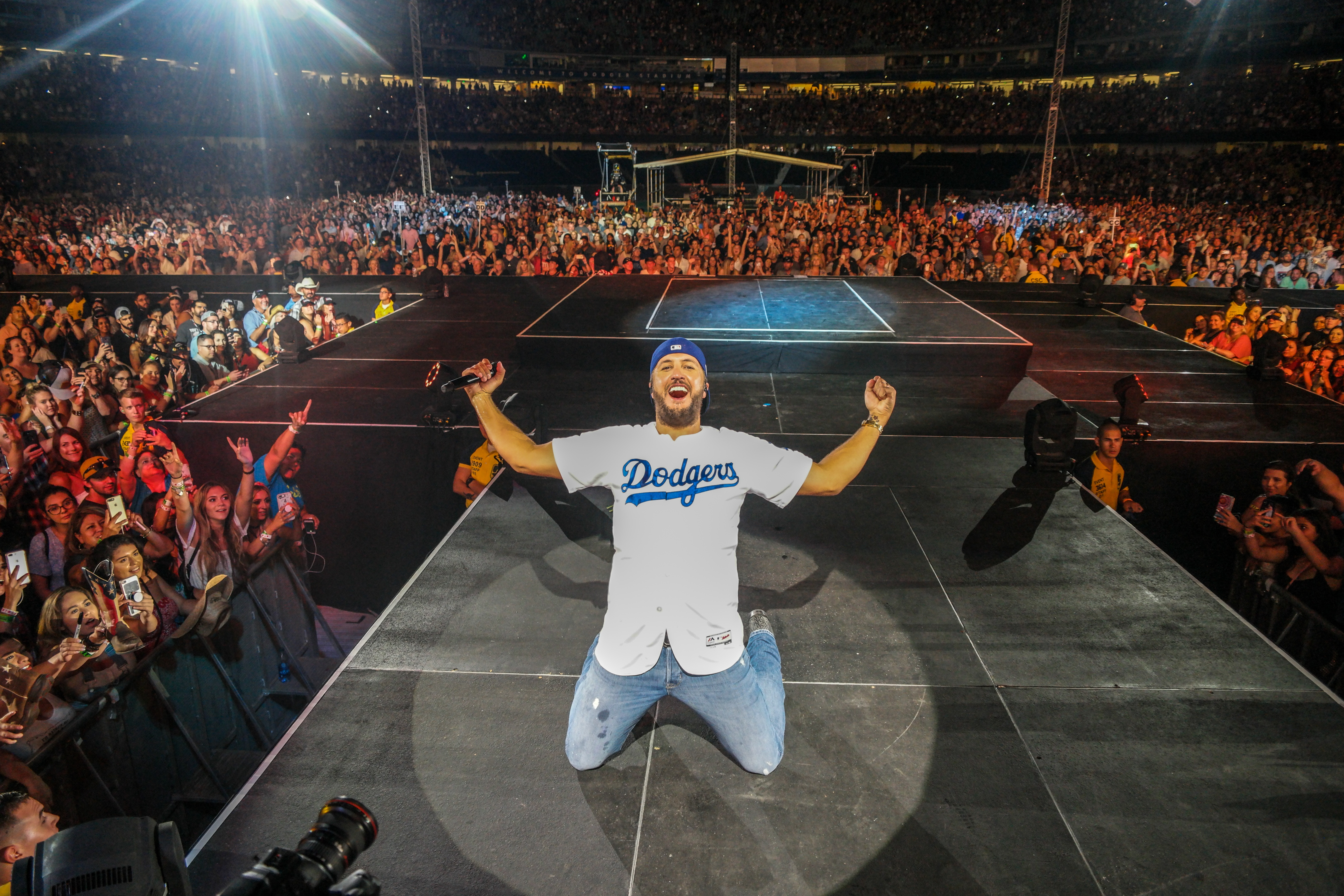 Luke Bryan Makes History with Dodger Stadium Headlining Show
