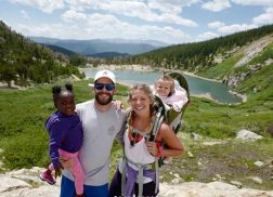 Thomas Rhett Proves the Family That Hikes Together, Stays Together