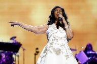 Aretha Franklin Dead at 76, Country Stars React