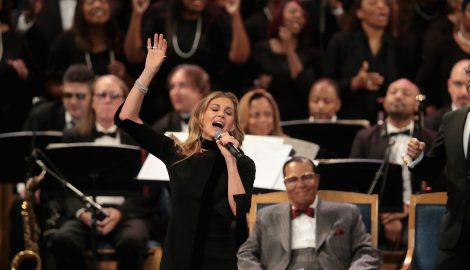 See Faith Hill's Stunning Performance at Aretha Franklin's Funeral