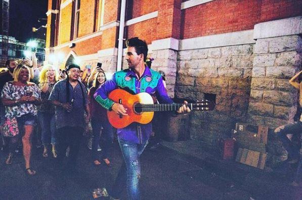 Jake Owen Extends Life's Whatcha Make It Tour, Debuts 'Down to the Honkytonk'
