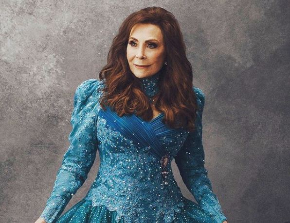 Loretta Lynn Sets Release Date For <em>Wouldn't It Be Great</em> Album