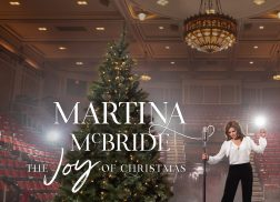 Martina McBride Brings Christmas Cheer with Holiday Album + Tour