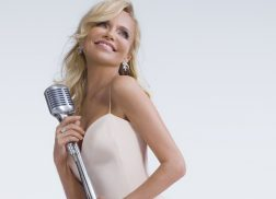 Kristin Chenoweth to Shine Spotlight on Her Country Roots With Nashville Symphony Show