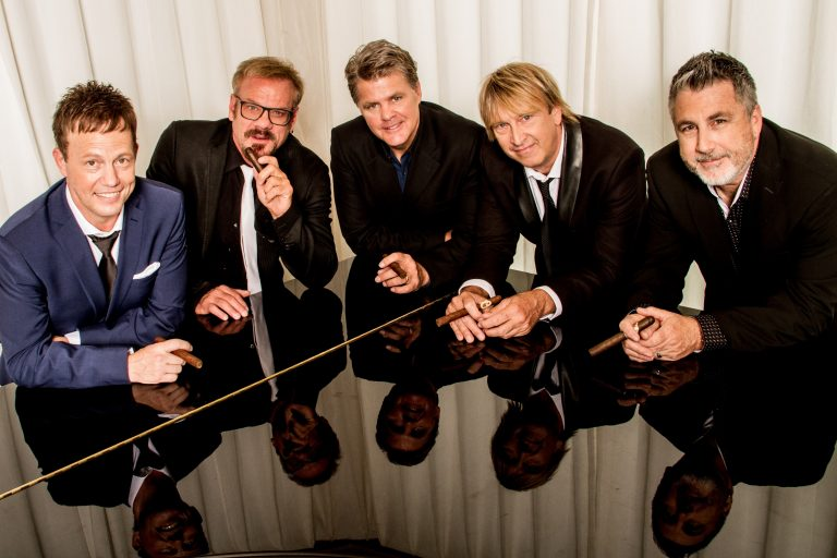 Phil Vassar and Lonestar Will Heat Up Holiday Season With The Not So Silent Night Tour