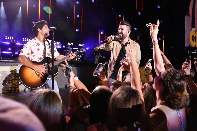 Dan + Shay Surprise Fans With 2019 Headlining Tour