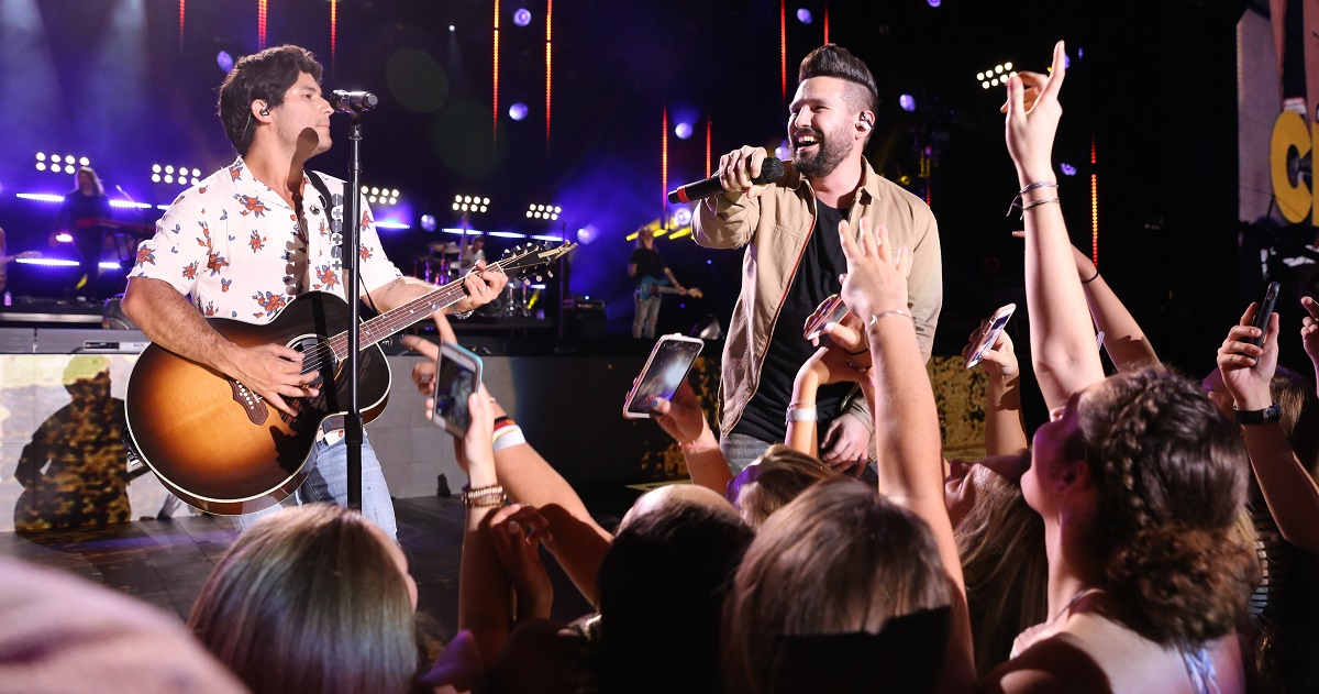 Nissan Of New Orleans >> Dan + Shay Surprise Fans With 2019 Headlining Tour Sounds Like Nashville