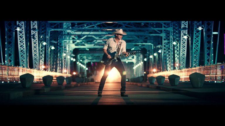 Jon Pardi Takes Over Downtown Nashville in New 'Night Shift' Video