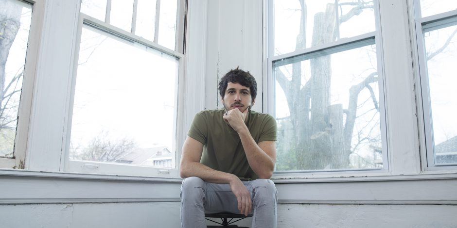 Morgan Evans Reflects on a Year of Firsts