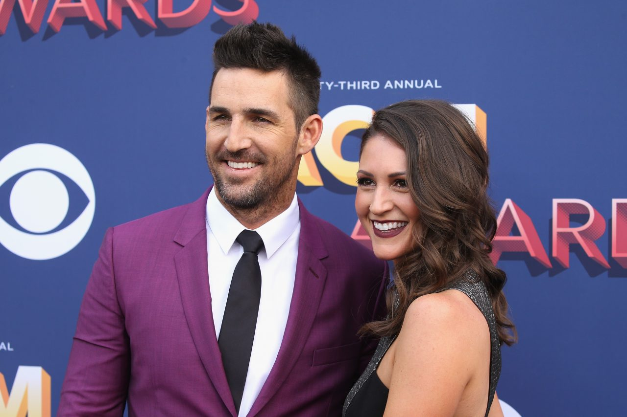 Jake Owen and His Girlfriend Are Pregnant!
