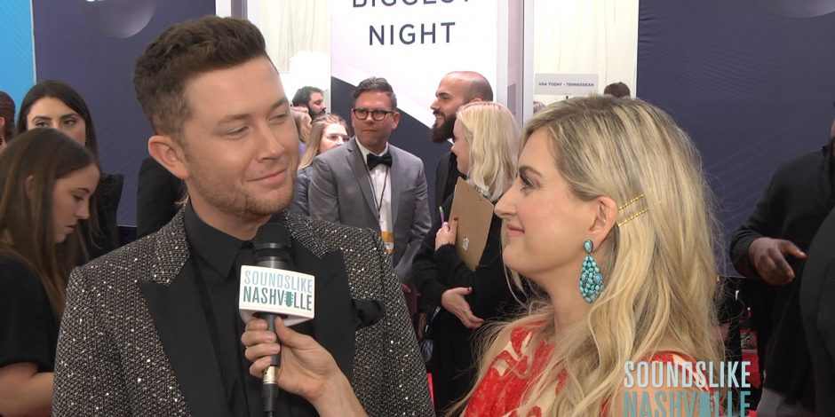 Stephanie Quayle Hums Her Way Through the CMA Awards Red Carpet