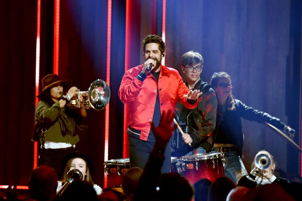 Thomas Rhett Heats Things Up With 2019 Very Hot Summer Tour