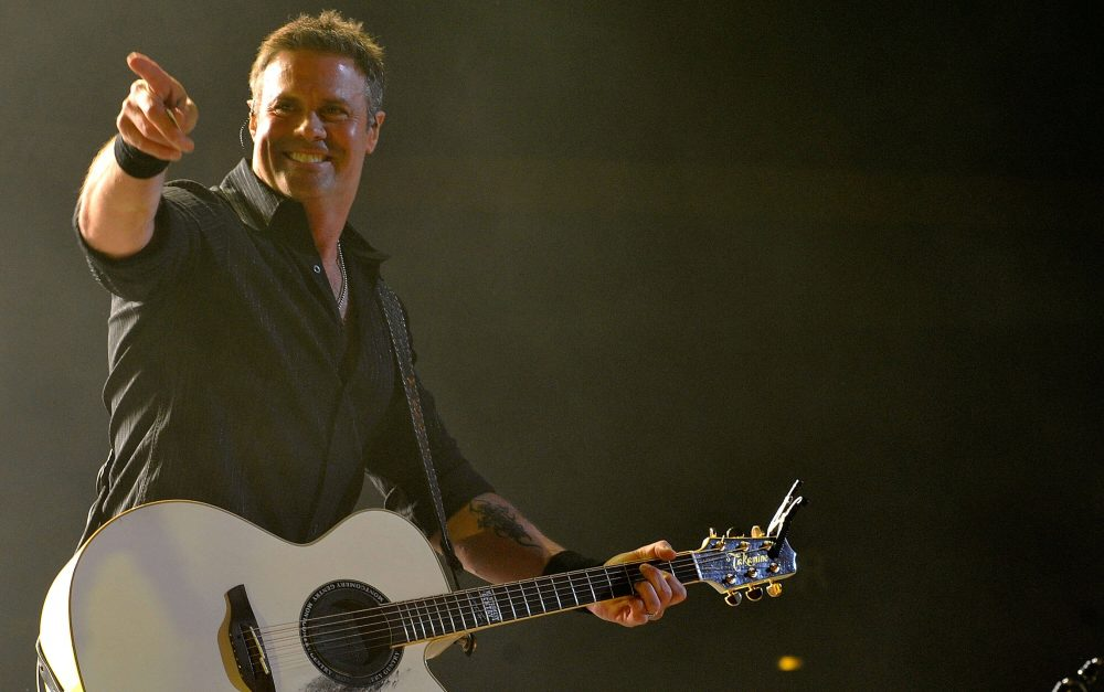 Dierks Bentley, Rascal Flatts and More Join Troy Gentry Tribute Concert