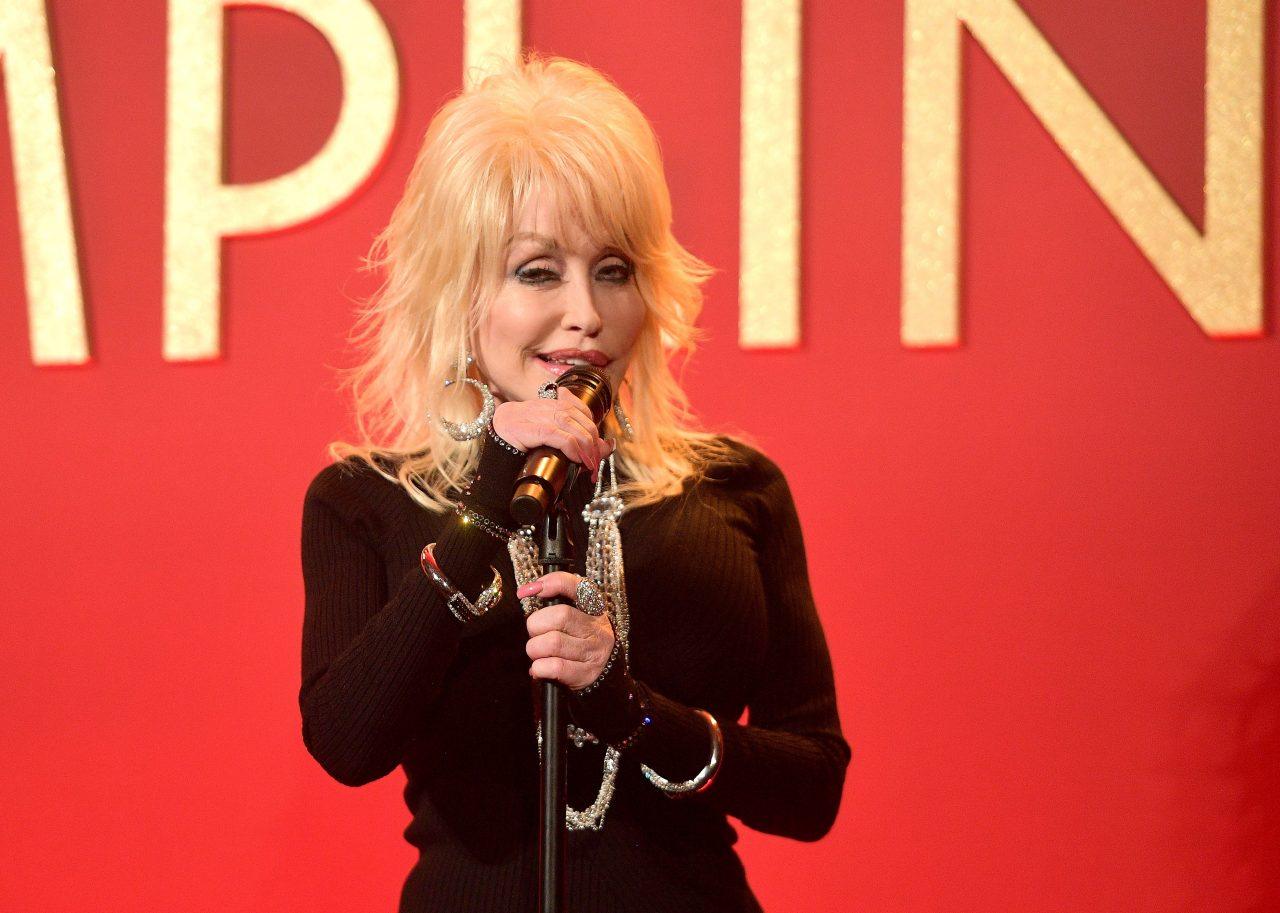 Dolly Parton Earns Golden Globe Nomination For 'Girl In The Movies'