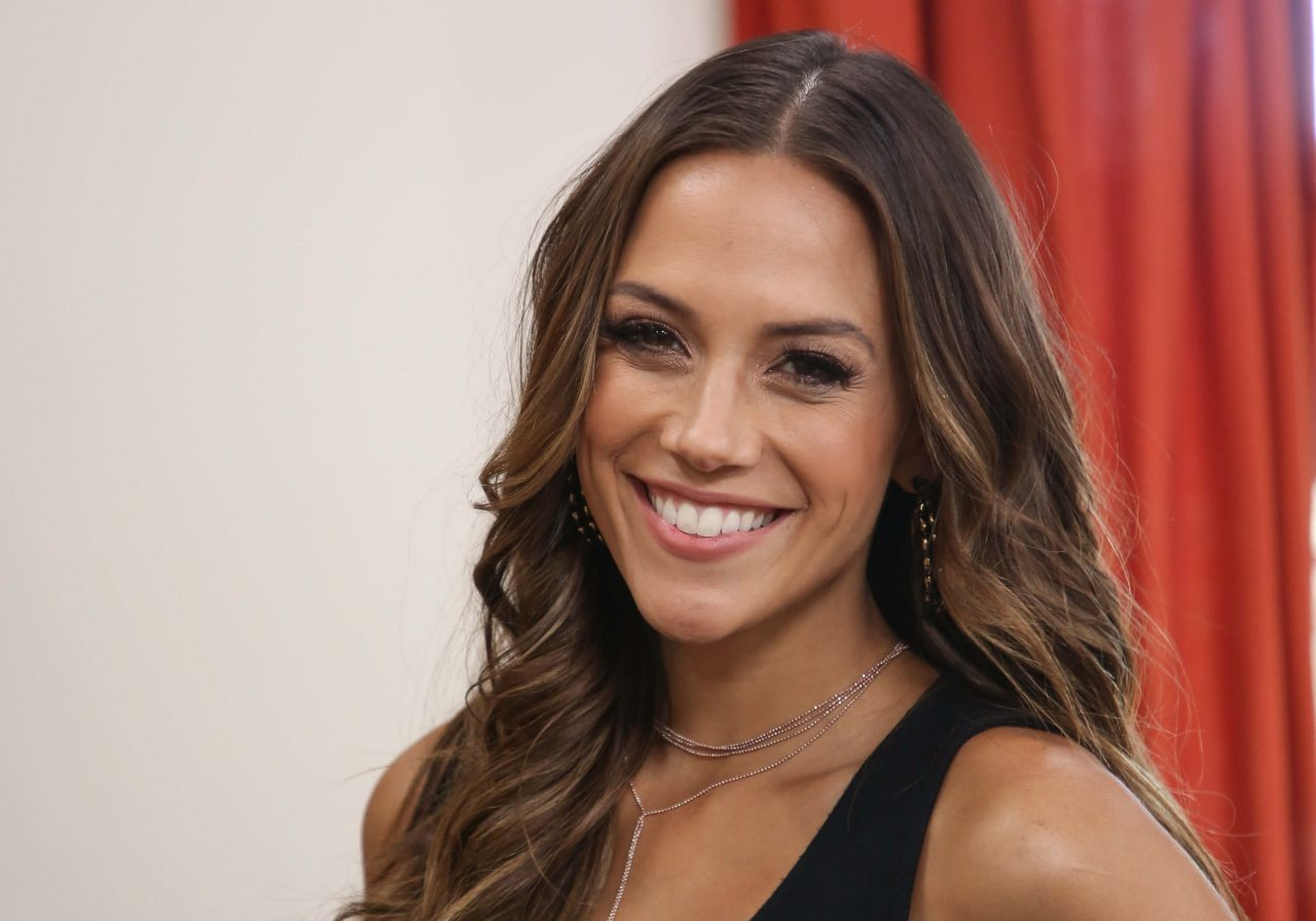 Jana Kramer Opens Up About Decision to Not Breastfeed