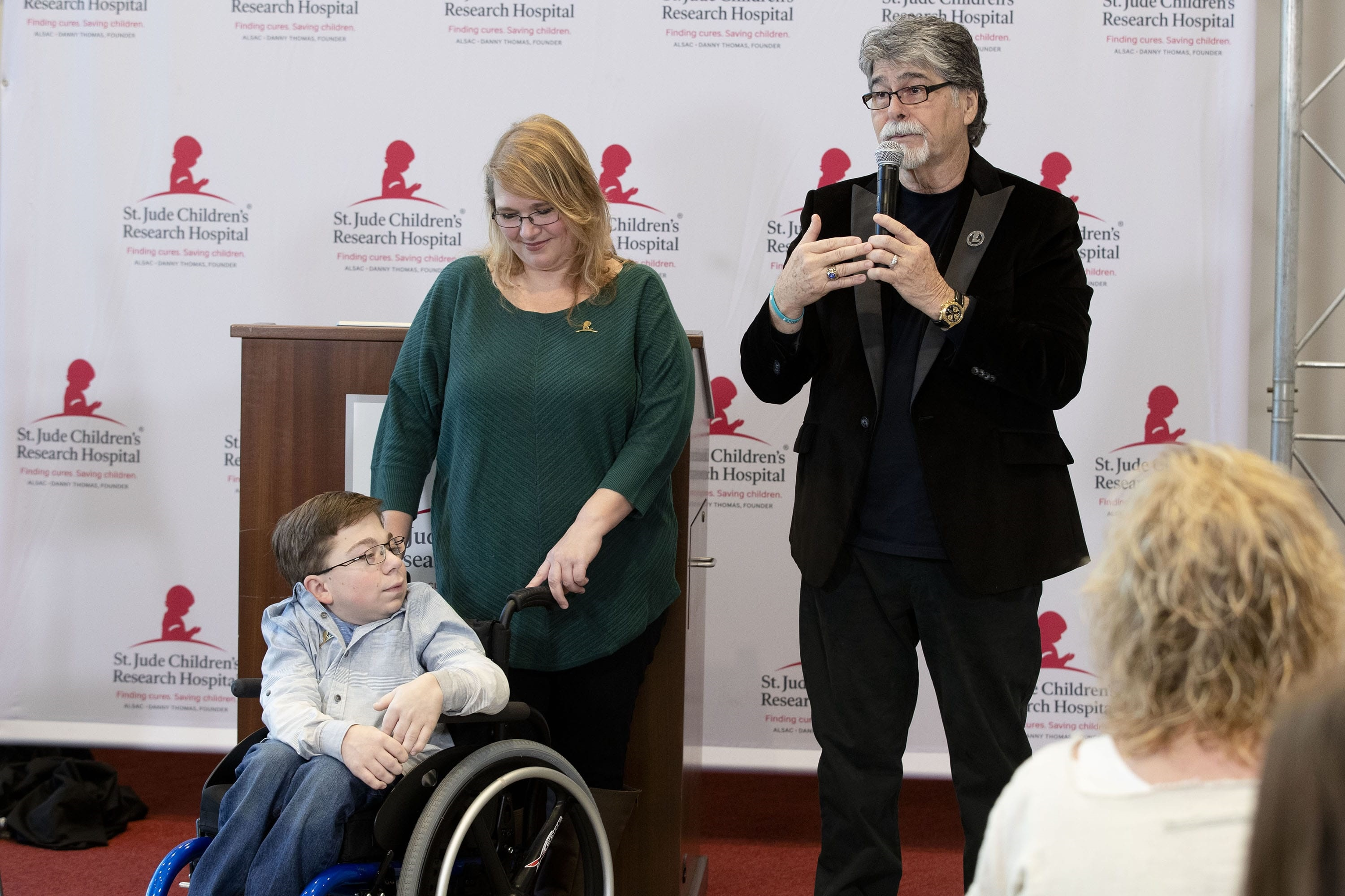 Country Cares 2019; Photo credit ALSAC/St. Jude Children's Research Hospital