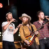 Dierks Bentley Scores 18th No.1 with 'Burning Man'