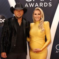 Jason Aldean on Balancing Moving, a New Baby and Building a House