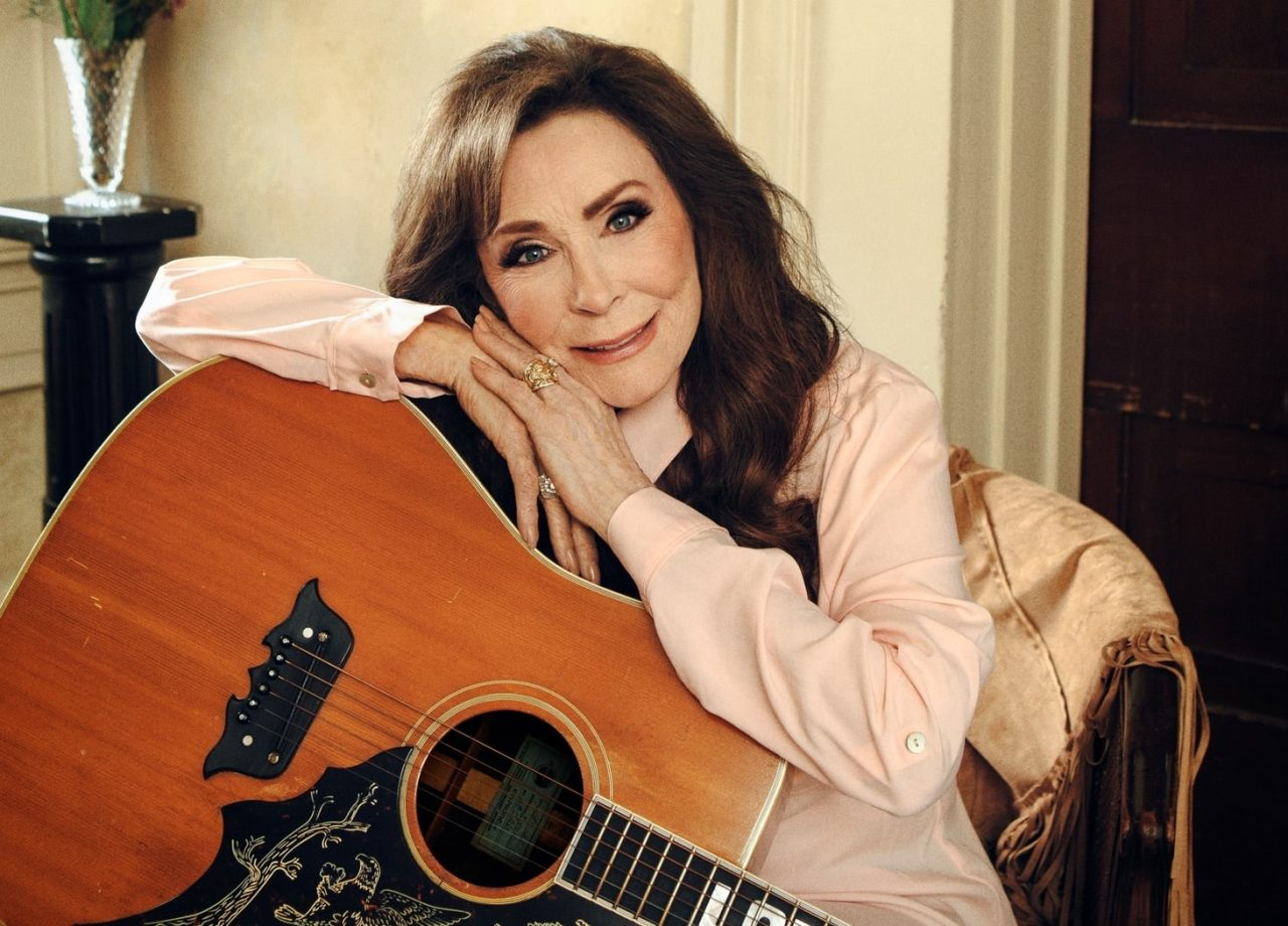 Loretta Lynn Gets Surprised With Look at Madame Tussauds Wax Figure