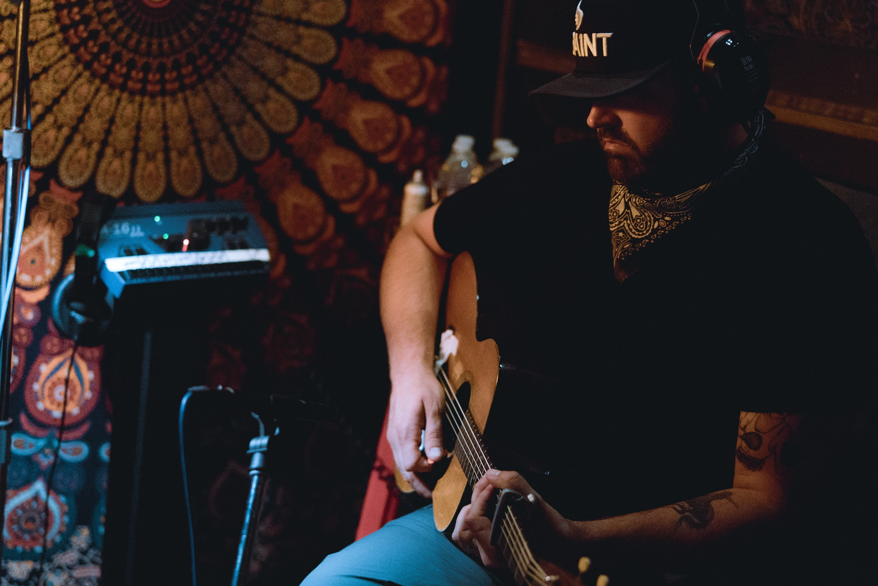 Randy Houser; Photo courtesy of BBR Music Group
