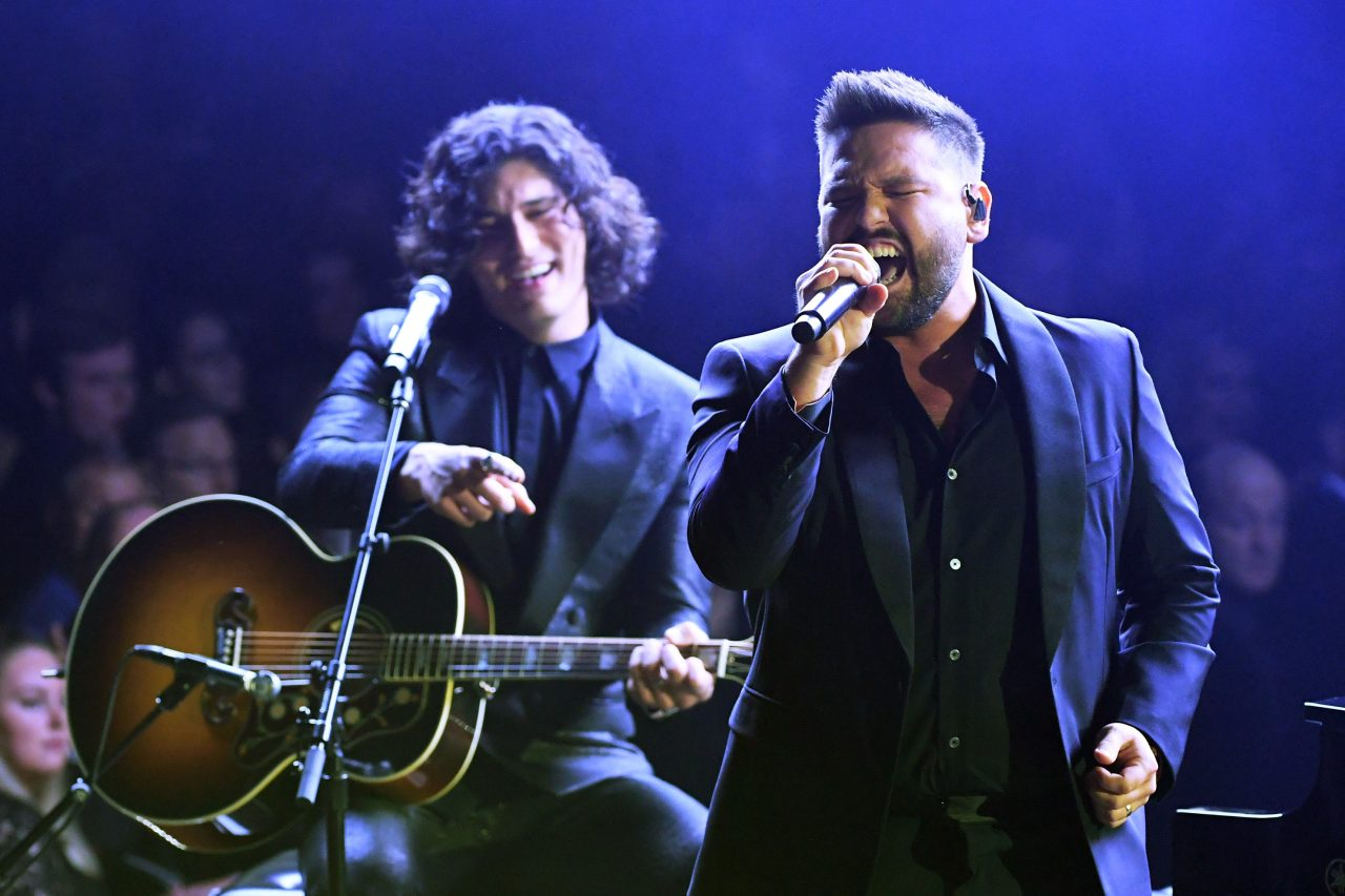 Dan + Shay Perform Grammy-Winning 'Tequila' at the 61st Annual Grammy Awards