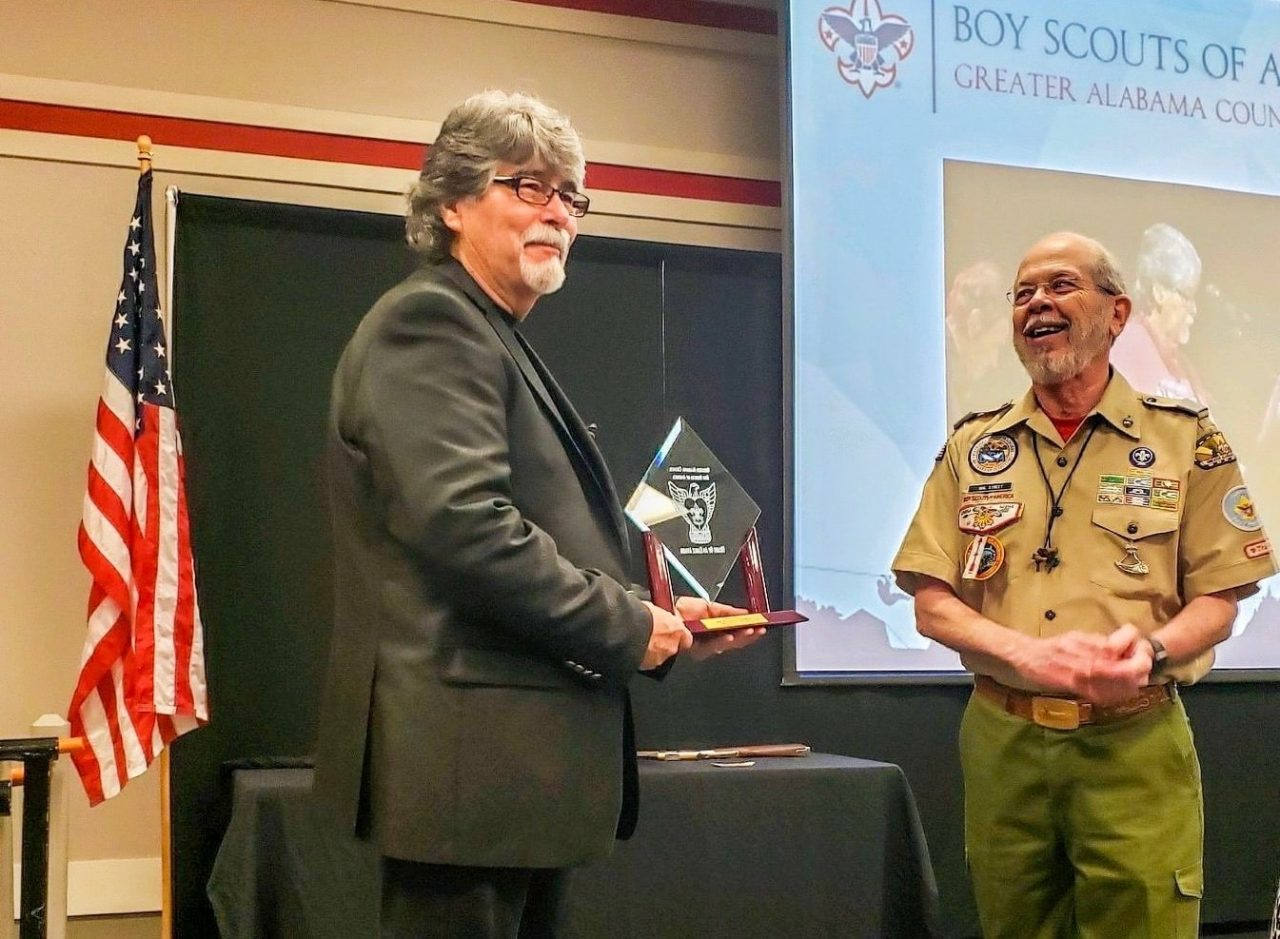 Alabama's Randy Owen Receives Boy Scouts' Heart of an Eagle Award