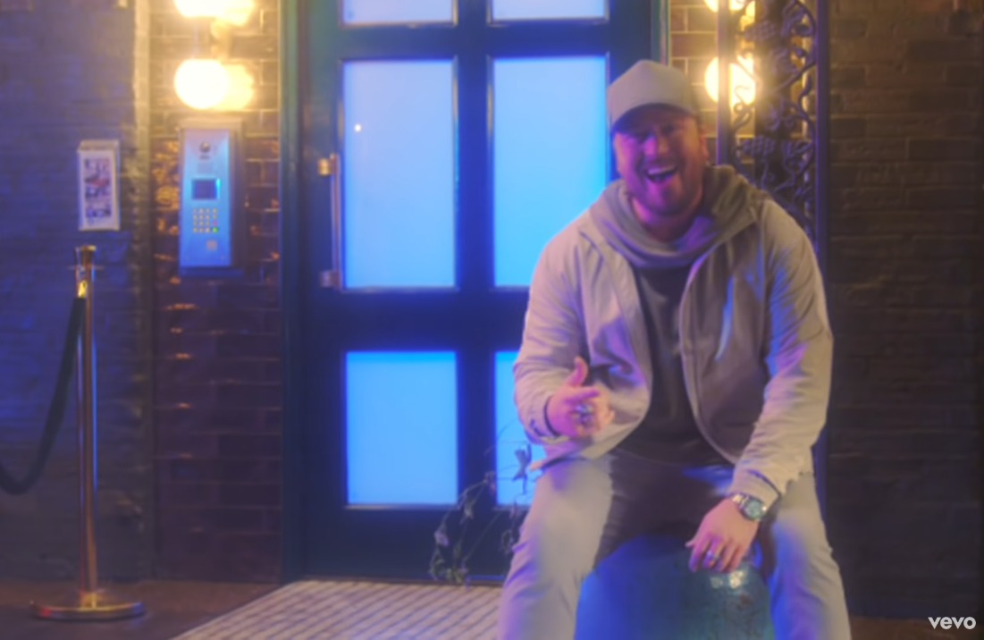Watch Mitchell Tenpenny's Trippy 'Alcohol You Later' Video