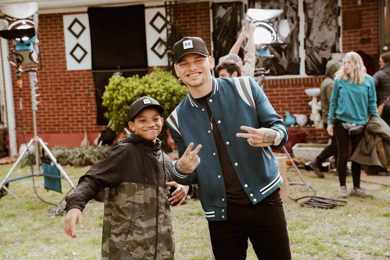 Kane Brown Surprises Mini-Me Lonnie Chavis With Gold Plaque