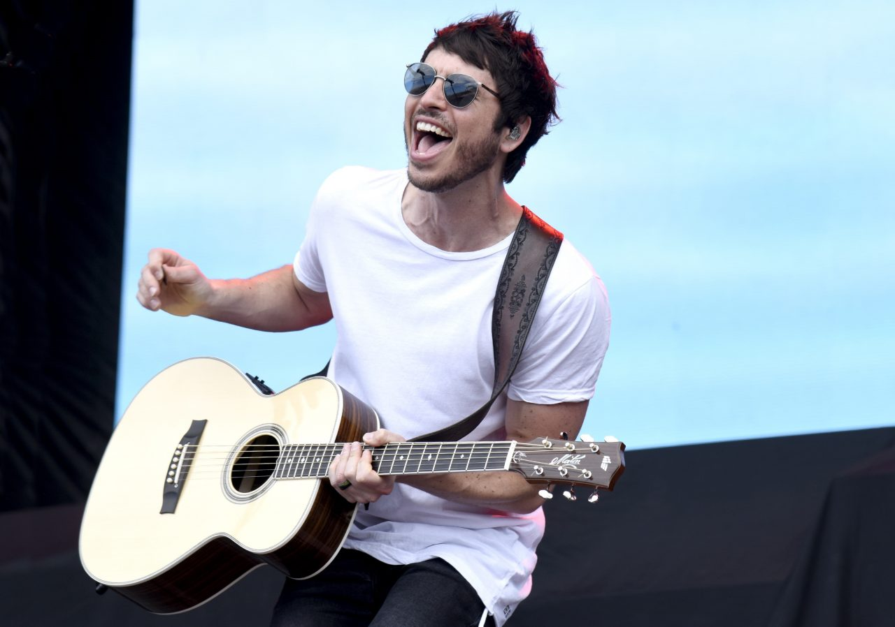 Morgan Evans Adds Some 'Tequila' to 'Day Drunk' in New Mash-Up
