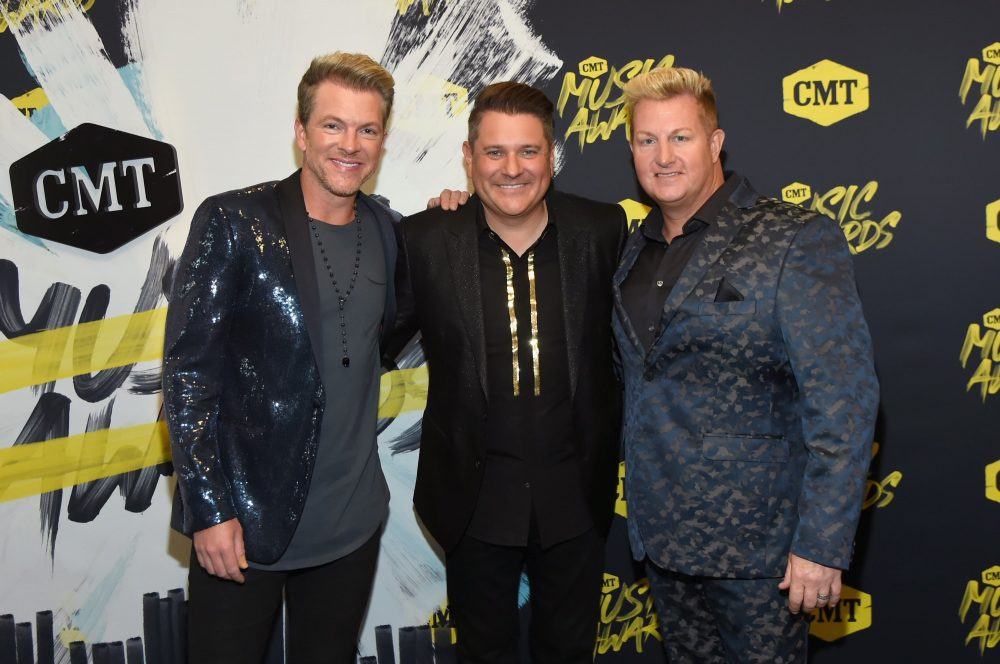 Rascal Flatts Bring Viewers Onstage for Live 'Back to Life' Video
