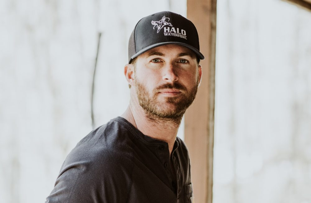 Riley Green Takes 'There Was This Girl' to No.1 at Country Radio