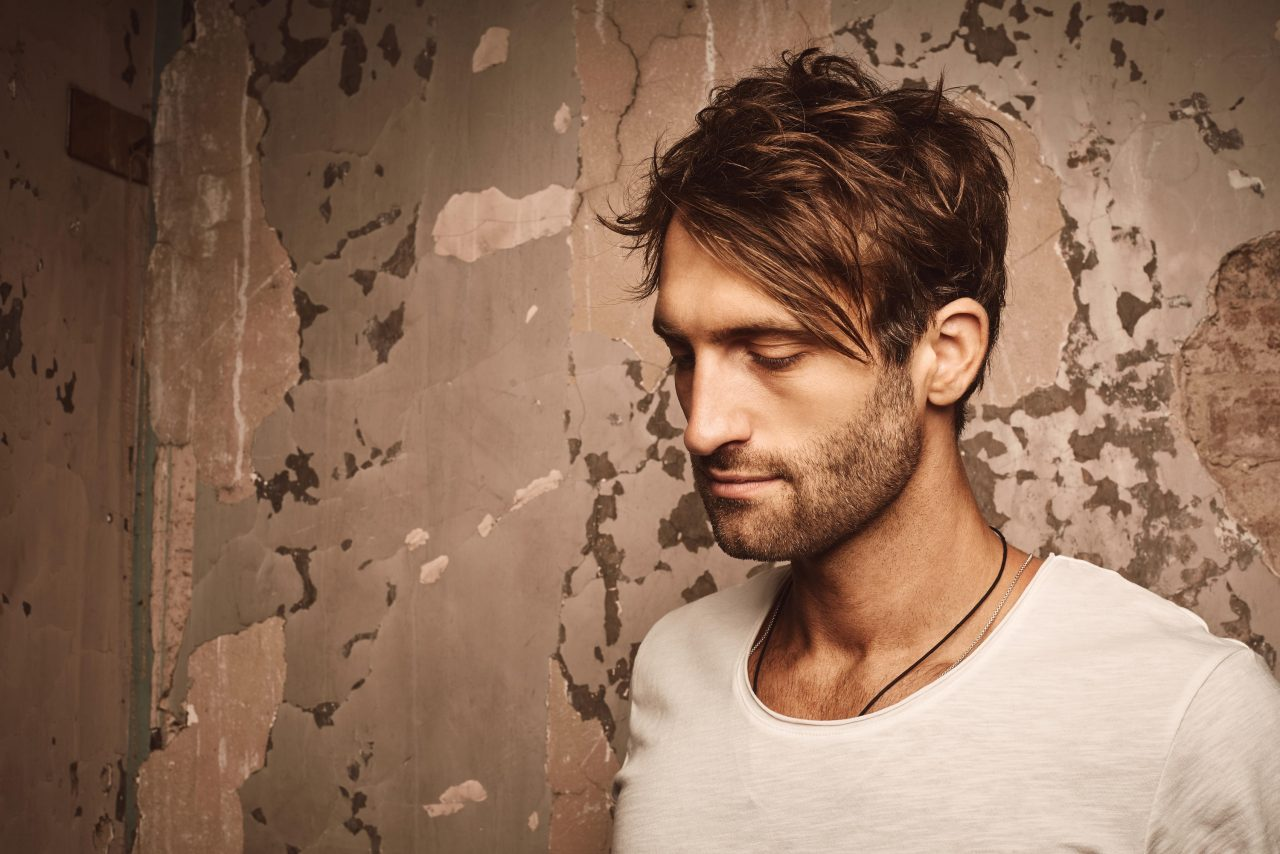 Ryan Hurd Revisits Artistry Roots in 'Panorama' EP