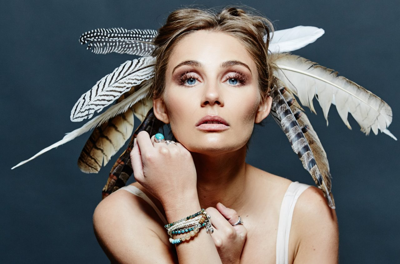 'Nashville' Star Clare Bowen Announces Debut Record, Headlining Tour
