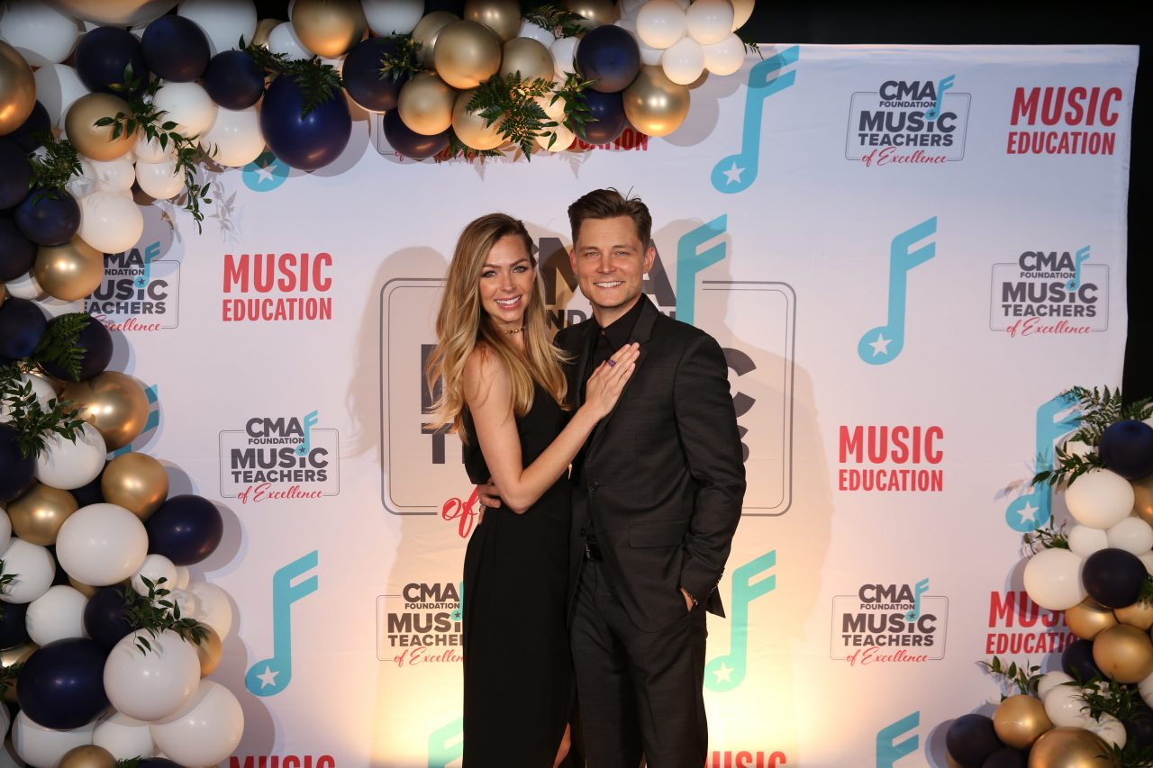 Frankie Ballard and Wife Expecting Baby In February