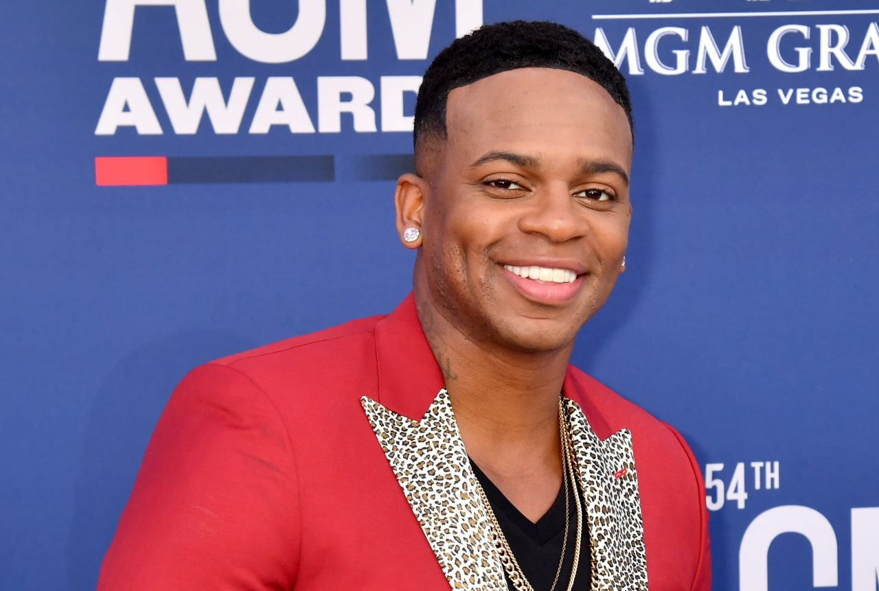 Jimmie Allen Sparks Imagination in 'Make Me Want To' Video