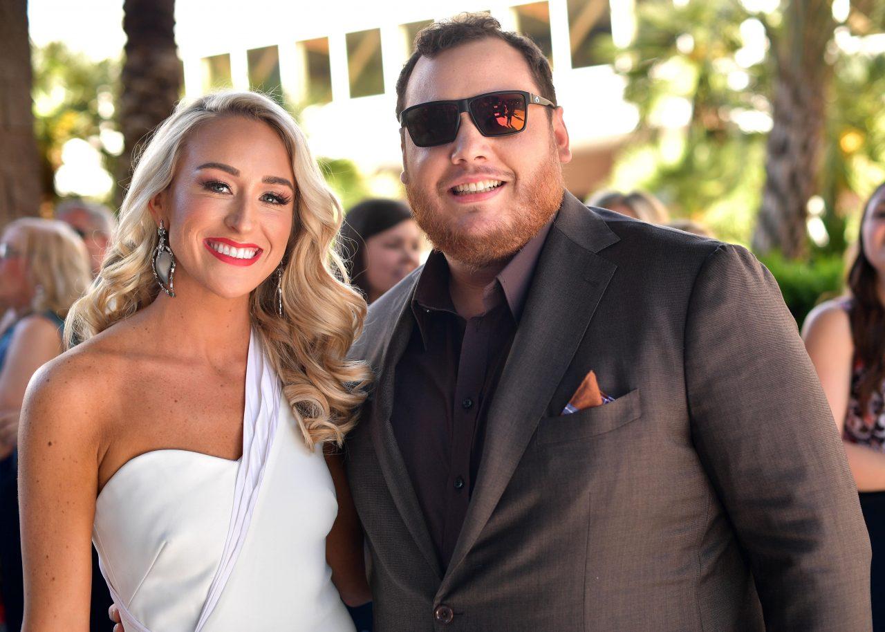 how did luke combs meet his fiance