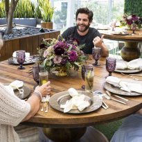 Thomas Rhett Gives Military Moms a Joyful Mother's Day Surprise