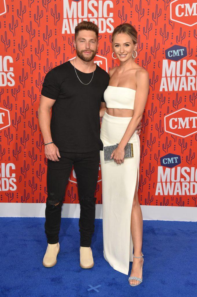 NASHVILLE, TENNESSEE - JUNE 05: Chris Lane and Lauren Bushnell attend the 2019 CMT Music Awards at Bridgestone Arena on June 05, 2019 in Nashville, Tennessee. (Photo by John Shearer/WireImage,)