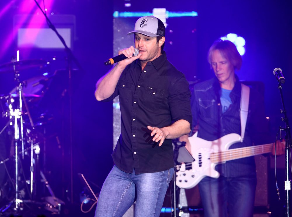 Easton Corbin Teams Up With Air Force Entertainment To Honor Support And Celebrate Military