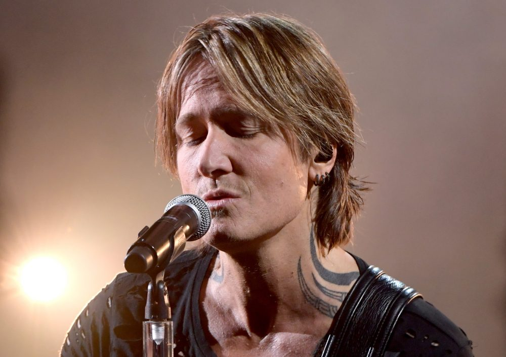Keith Urban is Reflective at 2019 CMT Awards With 'We Were'