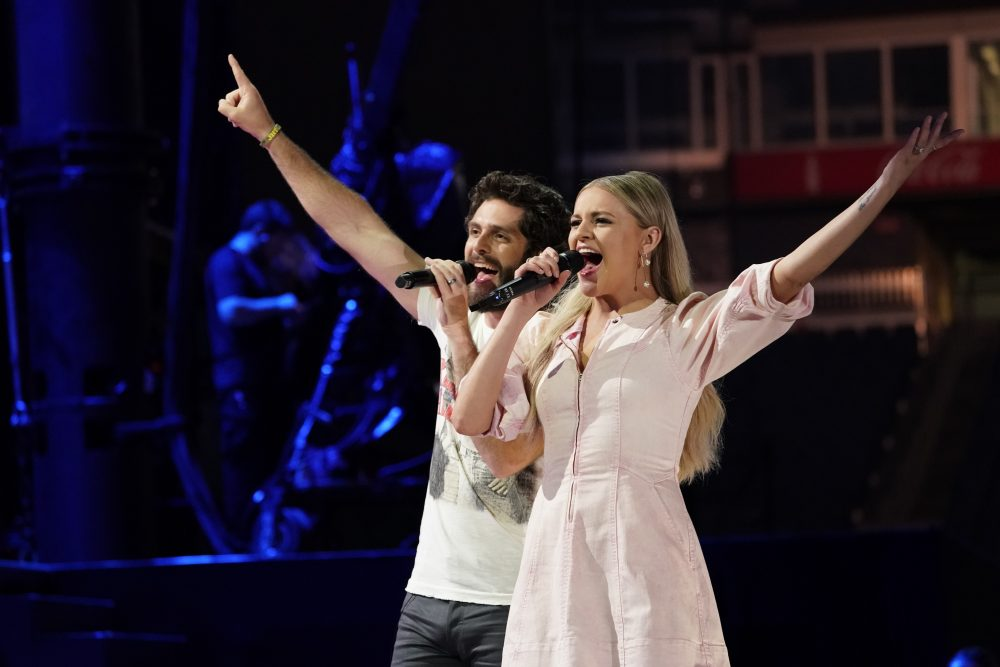 Singin' in the Rain: 2019 CMA Fest Opens With Surprises From Kelsea Ballerini, Brothers Osborne + More