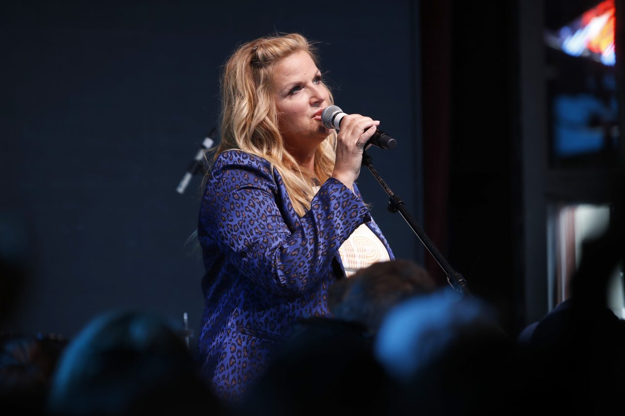Trisha Yearwood Gets Animated for 'FarmVille 2′ Video Game