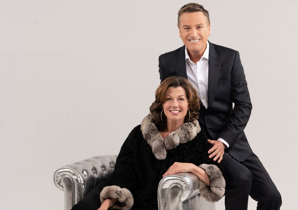 Amy Grant & Michael W. Smith Team Up For Christmas Shows This Holiday Season