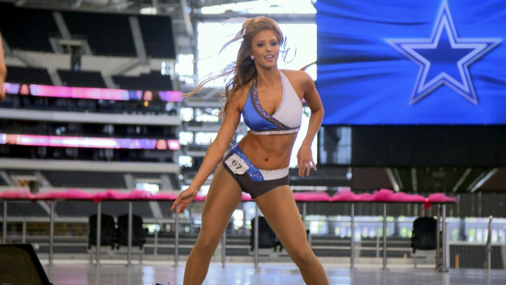 'Dallas Cowboys Cheerleaders' Returning to CMT for New Season