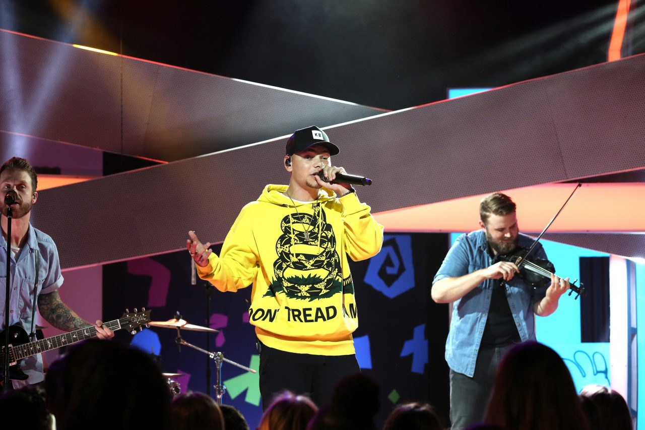 Kane Brown Rocks 'All That,' Previews New Track 'Rodeo'