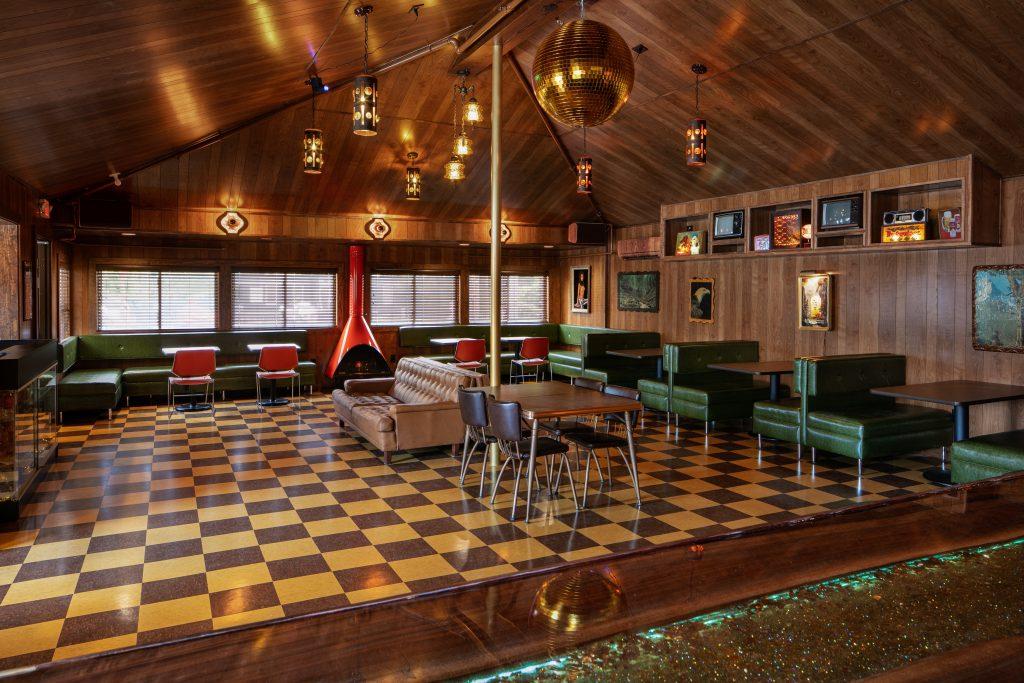 Dive Motel Dive Bar; Photo credit: Ben Fitchett