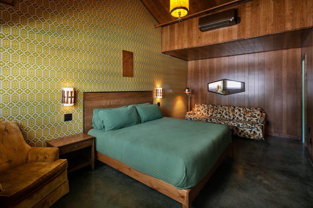 Dive Motel Grandma's Basement; Photo credit: Ben Fitchett